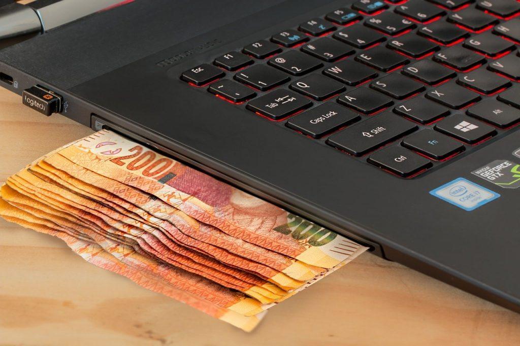 Pôžička úplne online