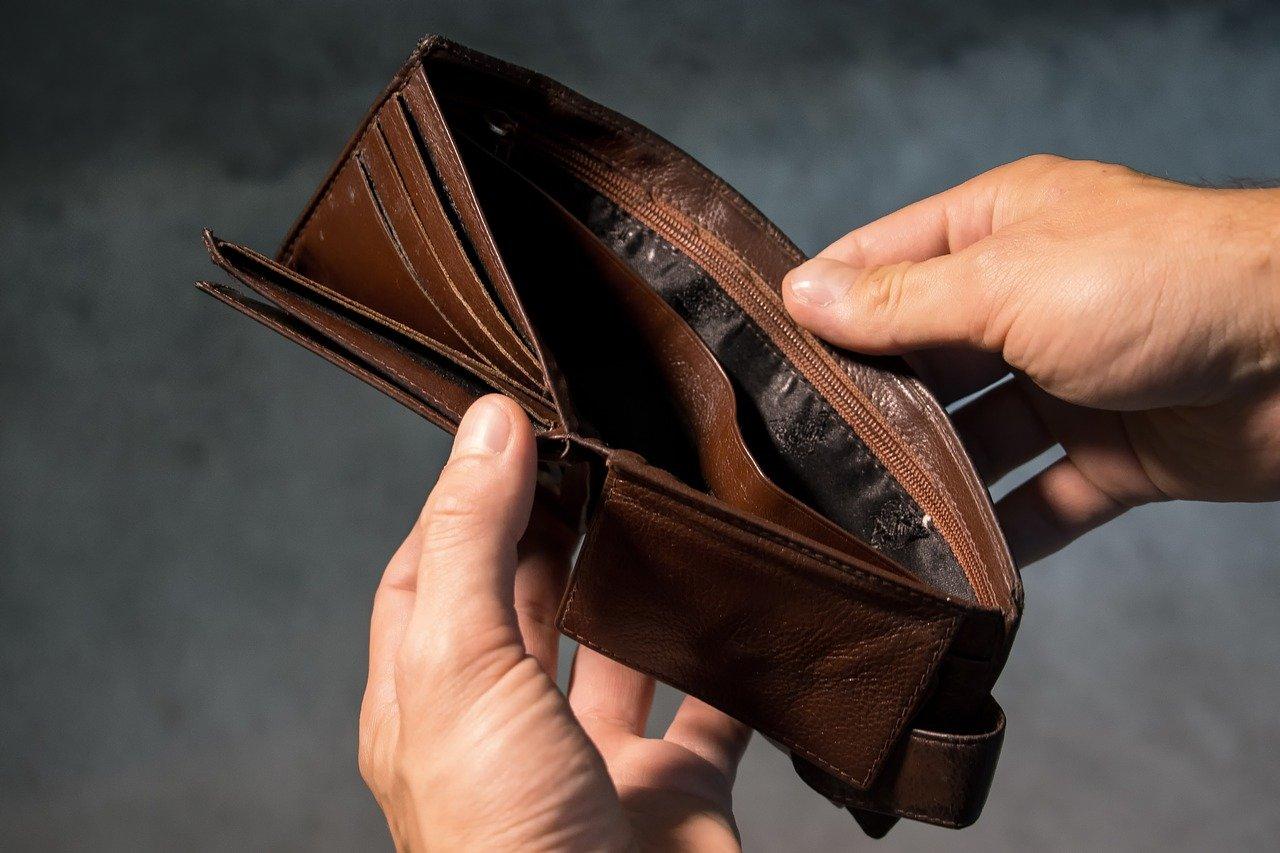 Potrebujem požičať peniaze